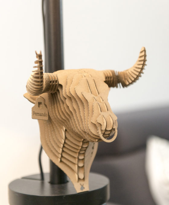 Fernando - cardboard bull trophy. Animal head for self assembly.